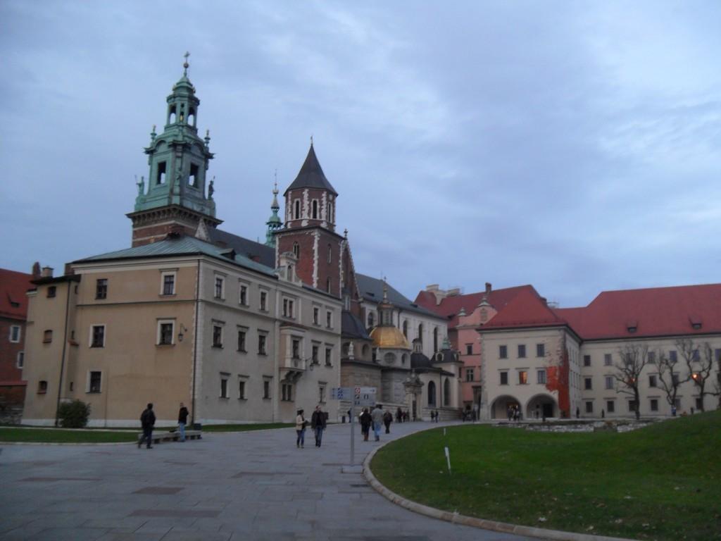 Первые шаги и полезные советы новичкам в Кракове